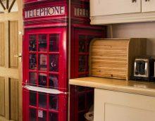 l'idée d'une décoration lumineuse du réfrigérateur dans la cuisine