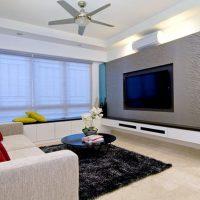 Dzīvojamās istabas 16 kvadrātmetru gaišā dizaina spilgta dizaina piemērs