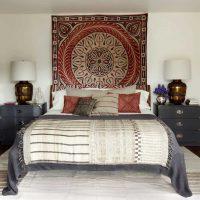 Ideja par interesantu istabas dekoru padomju stila fotoattēlā