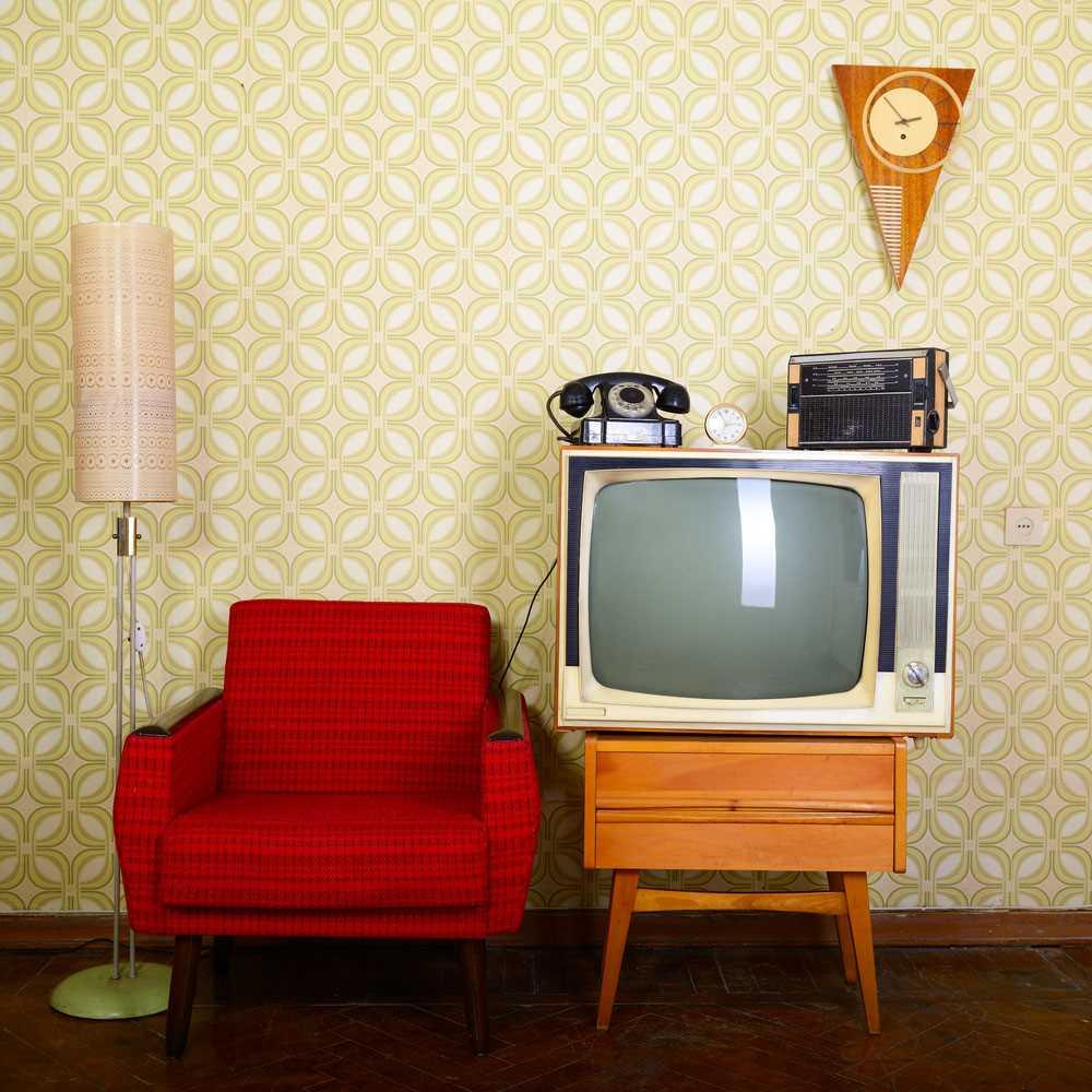 gaišā dzīvokļa dekora variants padomju stilā