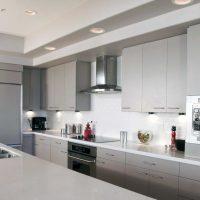 ideja izmantot neparastu virtuves interjera attēlu