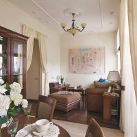 ideja par spilgtu dzīvokļa dizainu padomju stila attēlā