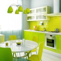 Neparastas virtuves dizaina foto piemērošanas piemērs