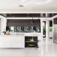 spilgta virtuves interjera foto izmantošanas iespēja