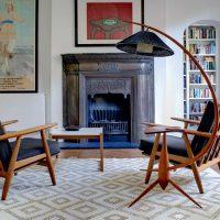 ideja par gaišu dzīvokļa interjeru padomju stila attēlā