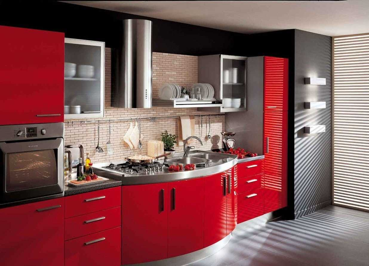 ideja izmantot gaišu virtuves interjeru