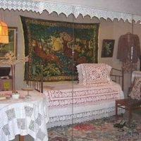 ideja par spilgtu dzīvokļa dekoru padomju stila attēlā