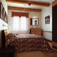 istabas neparastā interjera versija padomju stila fotoattēlā