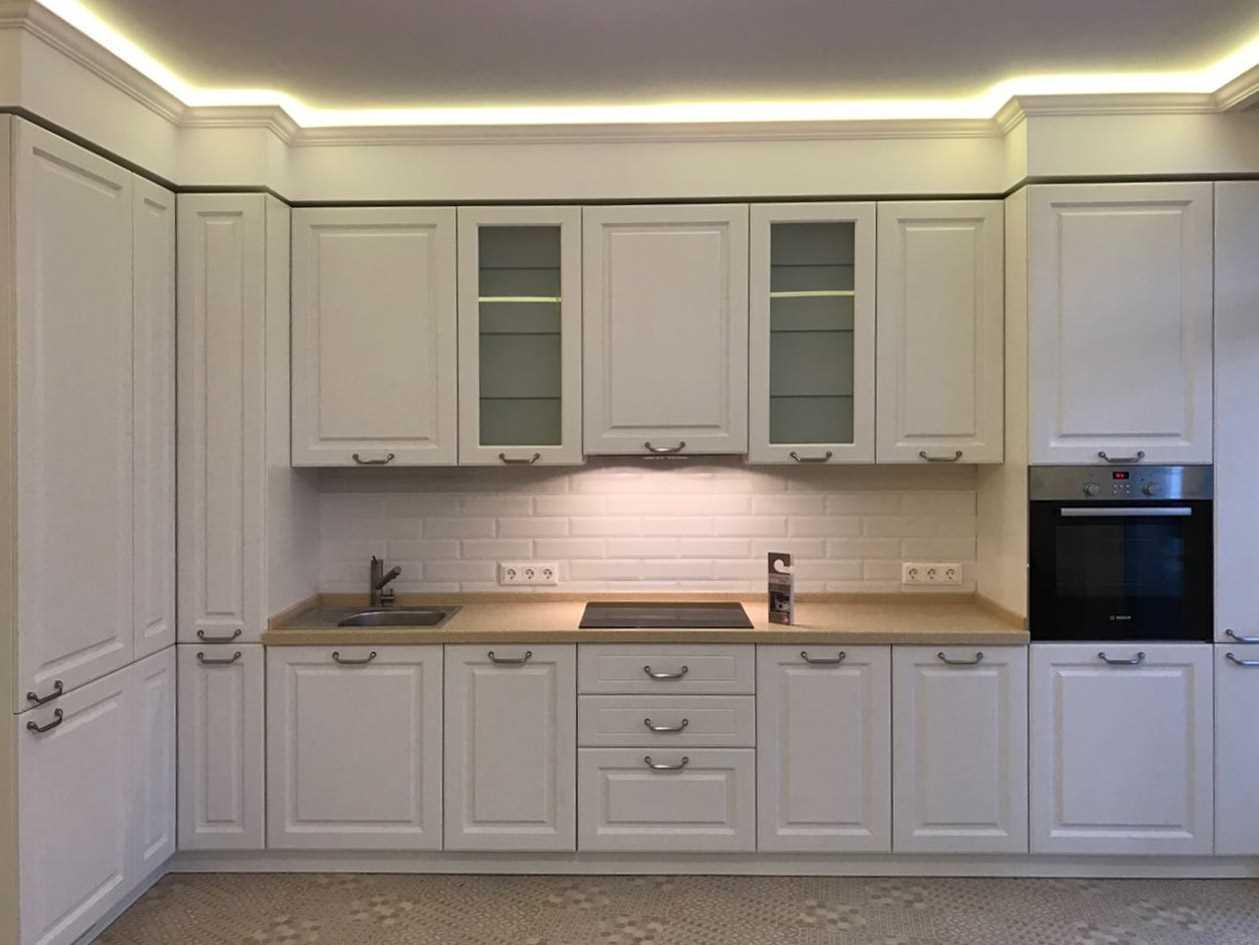 ideja izmantot gaišu virtuves stilu