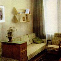 neparasta dzīvokļa interjera variants padomju stila attēlā