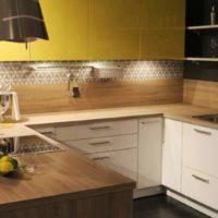 nelielas virtuves dizains