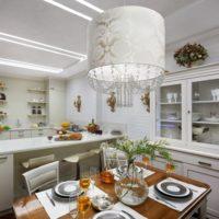 design de cuisine classique avec conduit de ventilation