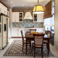 cuisine classique avec conduit de ventilation