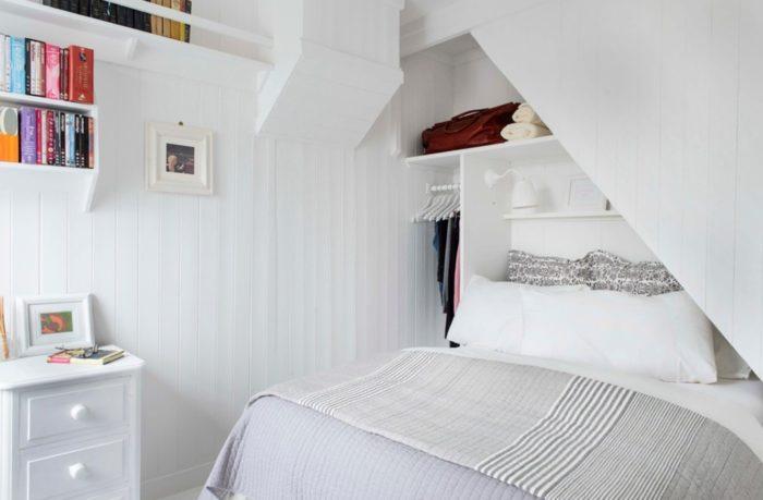 guļamistaba nelielā dzīvoklī