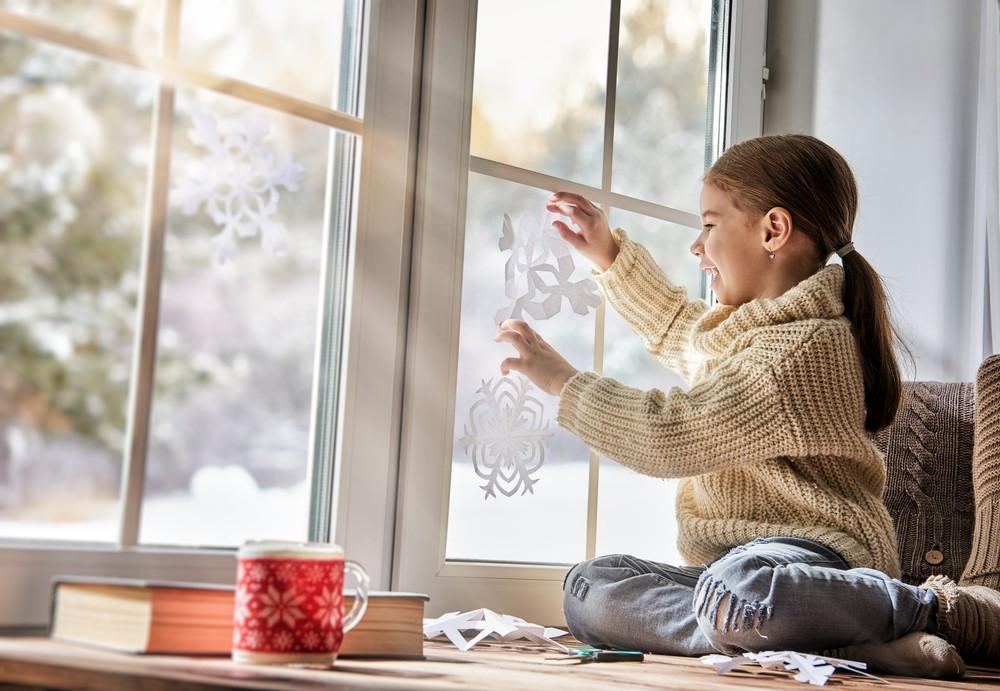 kā izrotāt logu