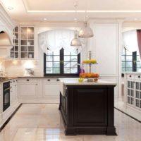 virtuves dizains ar logu 14 kv m