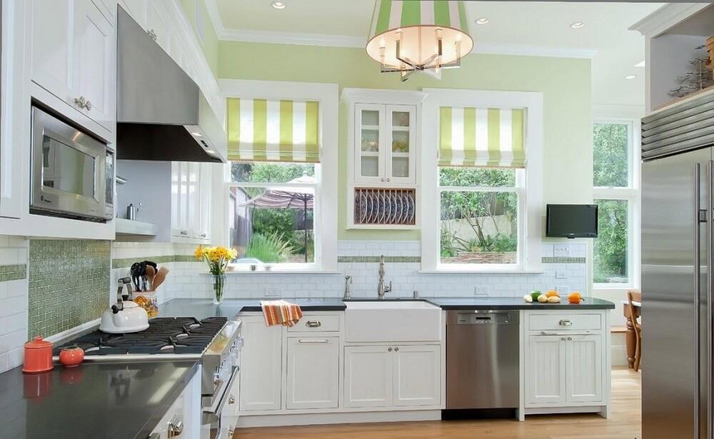 divu logu olīvu virtuve
