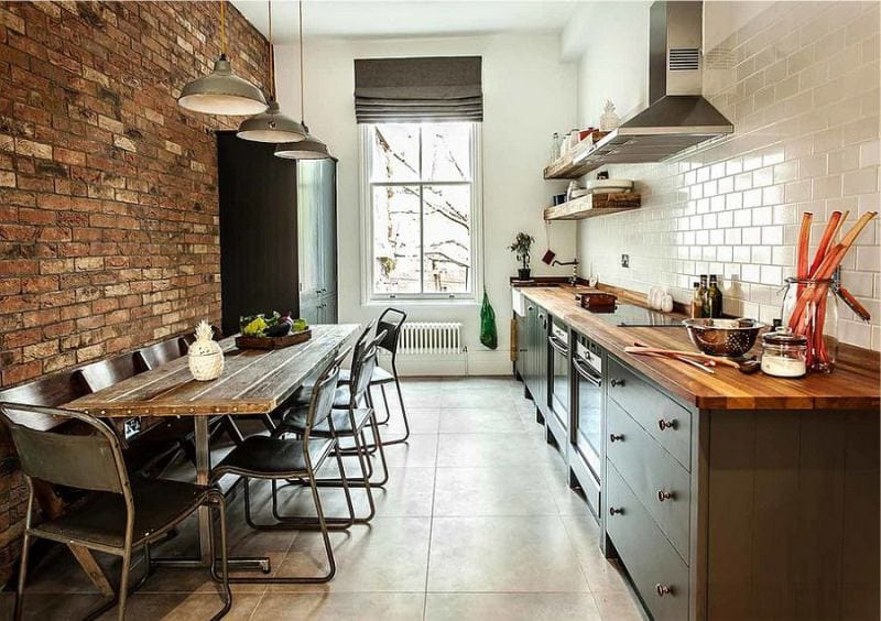 bēniņu stila virtuve