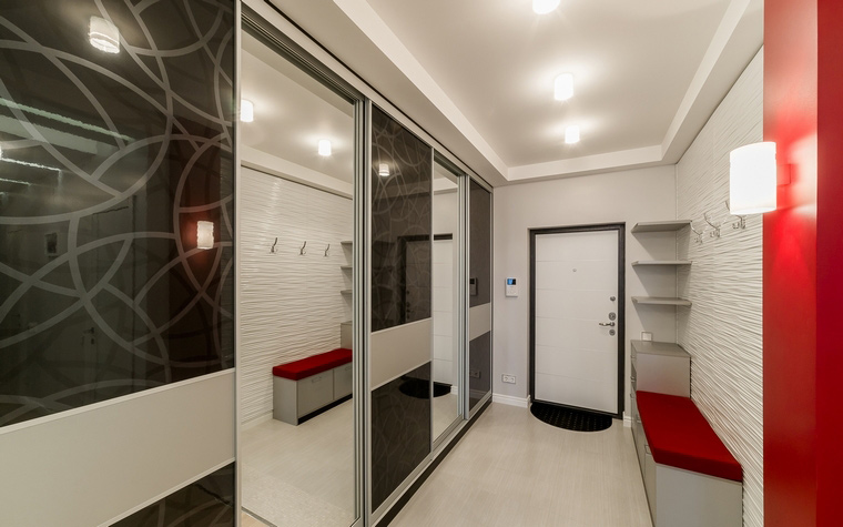 augsto tehnoloģiju koridora dizains