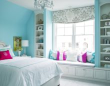 bright colors in the bedroom 16 sq m