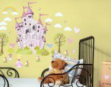 Pasakos vaikų kambario dizaine