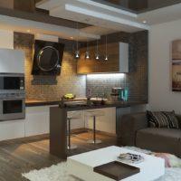 L'intérieur de la cuisine-salon dans les tons gris
