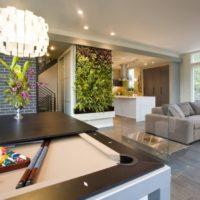 Augi dzīvojamās istabas interjera dizainā