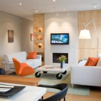 Istabas dizainā oranžas krāsas akcenti