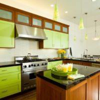 Zaļā krāsa virtuves dizainā