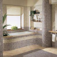 Mozaīka vannas istabas interjerā