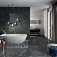 Mozaīkas vannas istabas zonējums uz grīdas