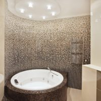 Apaļa mozaīkas vanna