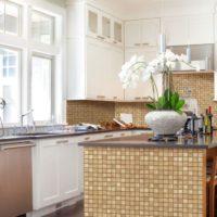 Mozaīka virtuvē Provansas stilā