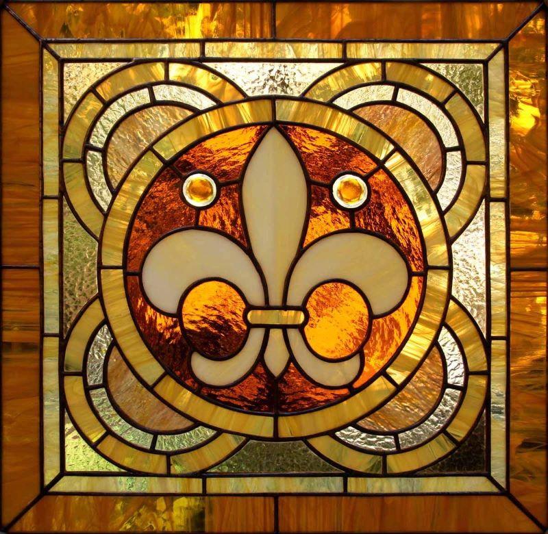 Foto mozaīkas kompozīcija gotikas stilā.