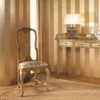 Klasična stolica od drva