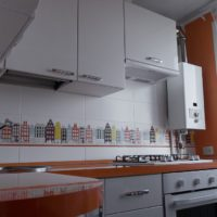 Chaudière à gaz dans le coin de la cuisine dans une maison à panneaux