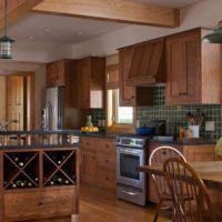 Conception de cuisine élégante dans une maison privée