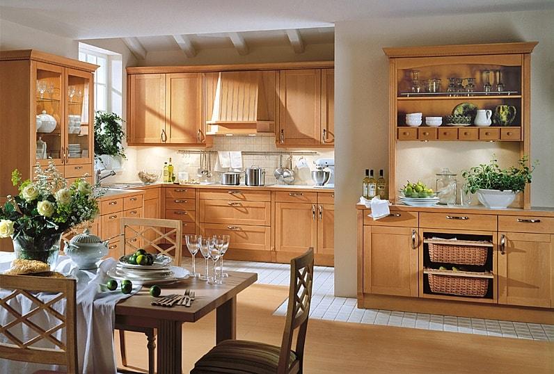 Vācu stila virtuves-viesistabas interjers