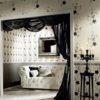 Интериор на хола в черно и бяло