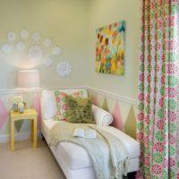Интериор на малка стая за дете