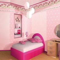 Спалня за момичето в розови нюанси
