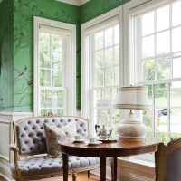Dining group with upholstered furniture