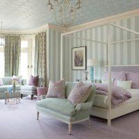 Combiné chambre-salon dans une maison privée