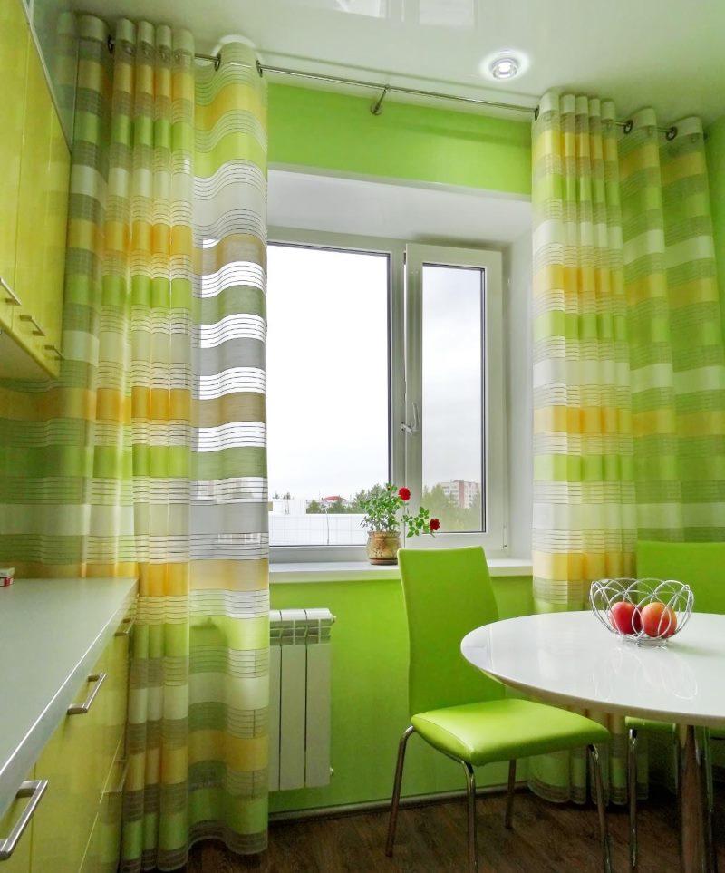 Le choix des rideaux pour la cuisine en vert