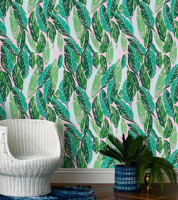 Leaves on wallpaper in various shades of green