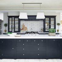 Îlot de cuisine massif avec système de rangement