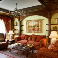 L'utilisation de bois naturel dans la décoration du plafond