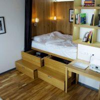 Pódium az ágy fiókokkal
