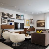 Fotoattēli modernas viesistabas interjerā