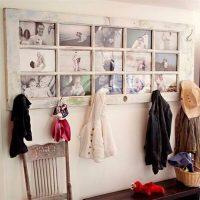 Oriģināls foto rāmis no vecajām durvīm